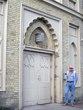 Derek at brighton Dome stage door