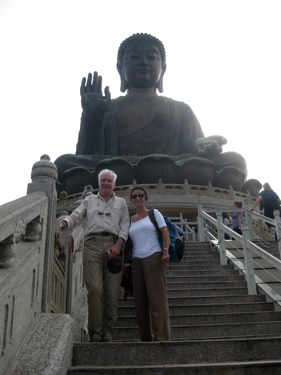 Climbing up to the giant Buddha