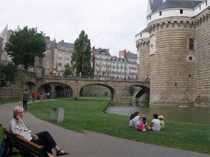 Castle moat & Derek