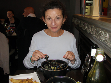 Sheila with moules frites