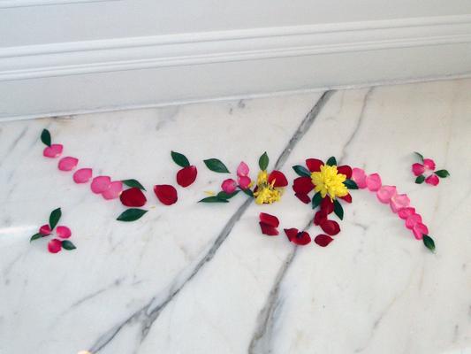 Flowere petal decoration