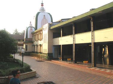 Damodar Hindu Temple