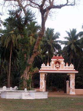 Temple gate at Shantadurga Hindu Temple